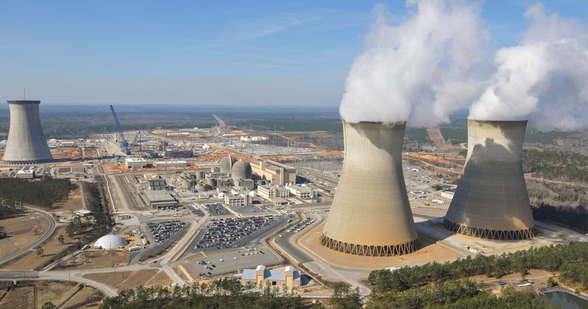 nuclear power as a form of clean energy essay Nuclear energy facts:  in nuclear fission, atoms are split to form smaller atoms,  nuclear power plants use nuclear fission to produce electricity.